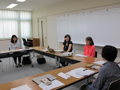 濱田講師と代表理事の甲斐田