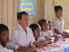 子どもの人身売買・児童労働防止事業