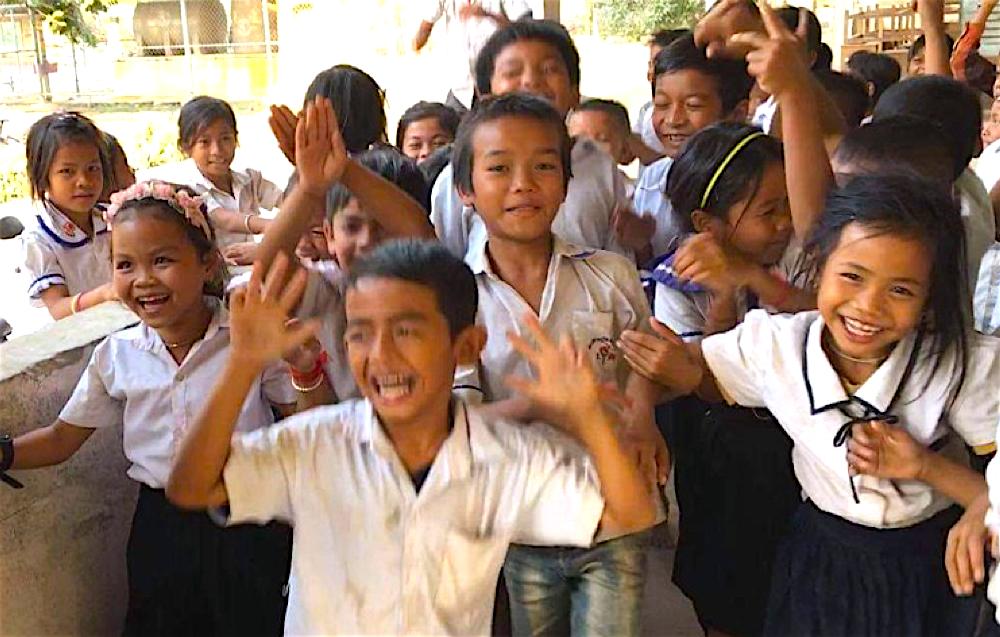 【ご寄付のお願い】長引くコロナ禍で学校トイレ環境が悪化し、カンボジアの子どもたちが困っています